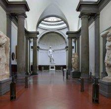 Sciopero contro il green pass, la Galleria dell'Accademia di Firenze chiude