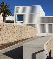 In Spagna apre un nuovo grande museo d'arte contemporanea, con opere da Goya ad Ai Weiwei