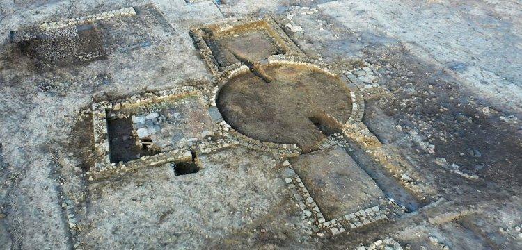 Importante scoperta in Gran Bretagna: resti di antica villa romana unica nel suo genere