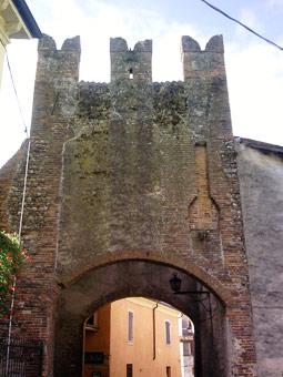 Portale di accesso a Borghetto