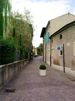 Strada a Borghetto