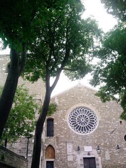 Così vi si presenta la cattedrale arrivando dalla città vecchia