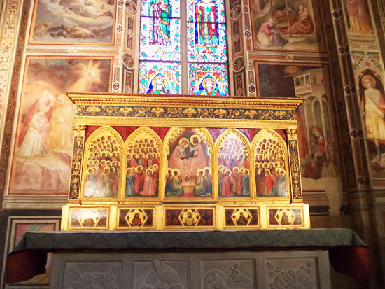 Basilica di Santa Croce: il polittico Baroncelli di Giotto e le Storie della Vergine di Taddeo Gaddi dietro