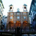Genova, San Pietro in Banchi: una chiesa costruita sopra (e grazie) alle botteghe!