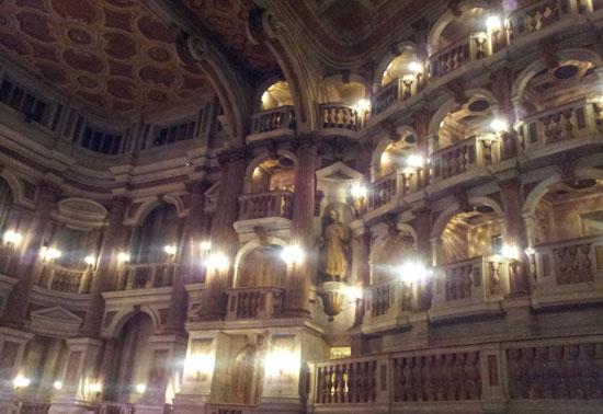Il Teatro Bibiena
