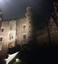 Diario di viaggio a Urbino: noi nel Palazzo Ducale, e la pioggia fuori
