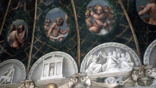 Affreschi della Camera del Correggio