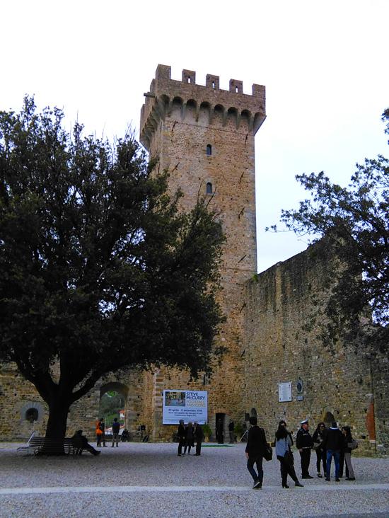 La Torre del Castello dei Vescovi di Luni