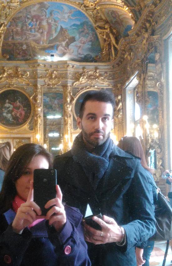 Con tutti gli specchi della Galleria Dorata, un selfie viene proprio bene... !