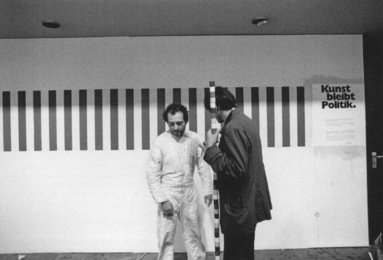André Cadere con Daniel Buren alla mostra Projekt 1974