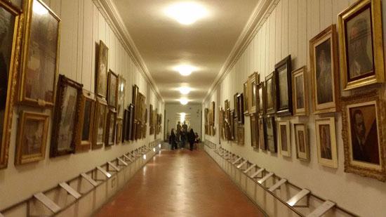 Firenze e uffizi quale futuro per il corridoio vasariano - Il tappeto del corridoio ...