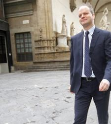 Eike Schmidt cicerone per ricchi agli Uffizi? Precisazioni dal museo