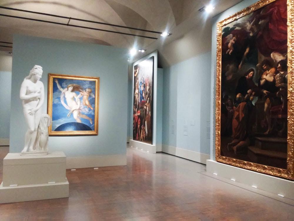 Le sale con le opere dei pittori emiliani