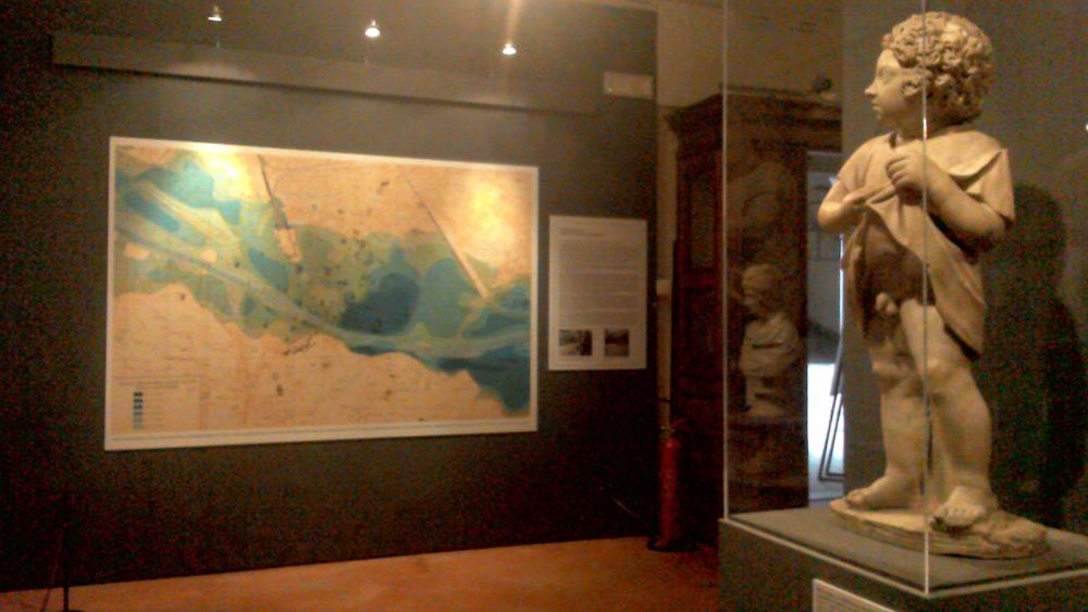 La sala con la pianta di Firenze
