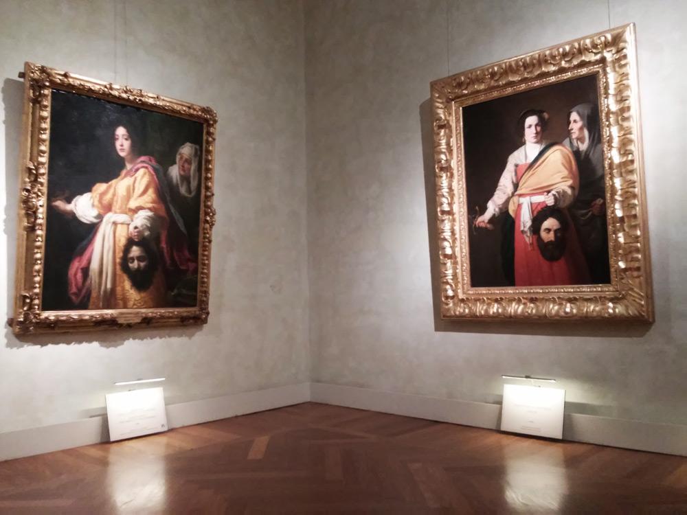 Sezione fiorentina: a sinistra la Giuditta di Cristofano Allori, a destra quella di Andrea Commodi