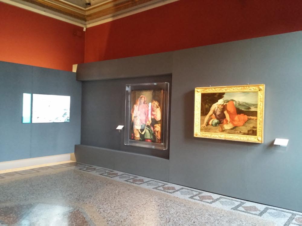 La sala che ospita la mostra su Daniele da Volterra