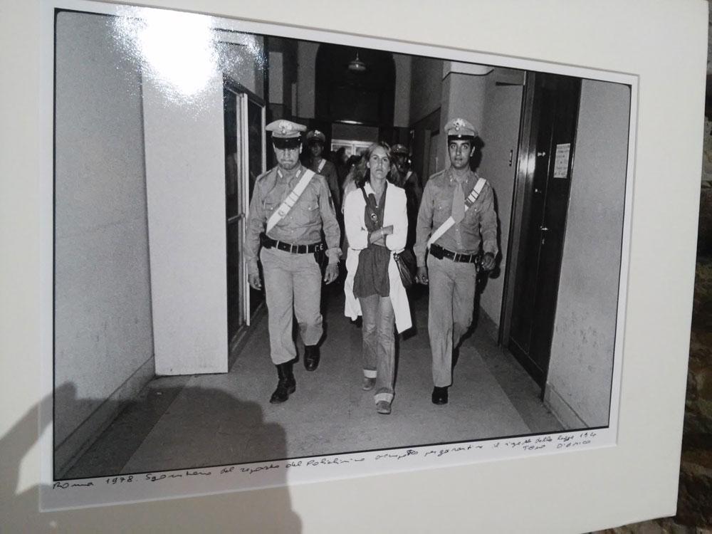 Tano D'Amico, Roma 1978. Sgombero del reparto del Policlinico occupato per garantire il rispetto della legge 194