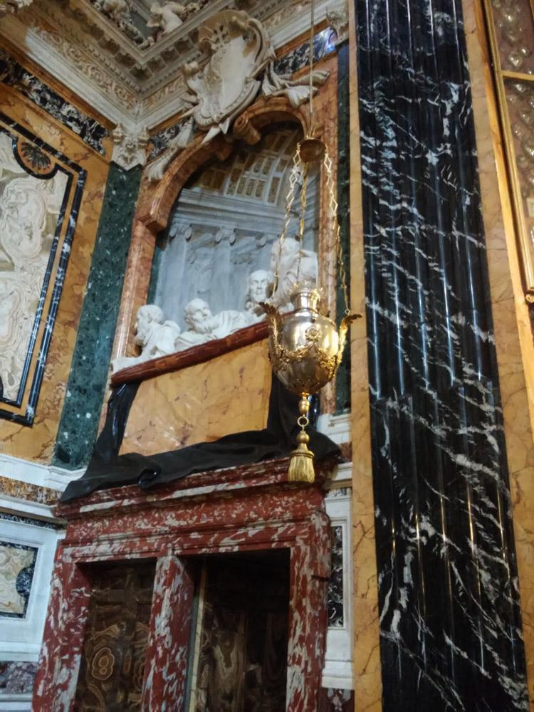 Il palchetto di destra nel contesto della cappella Cornaro