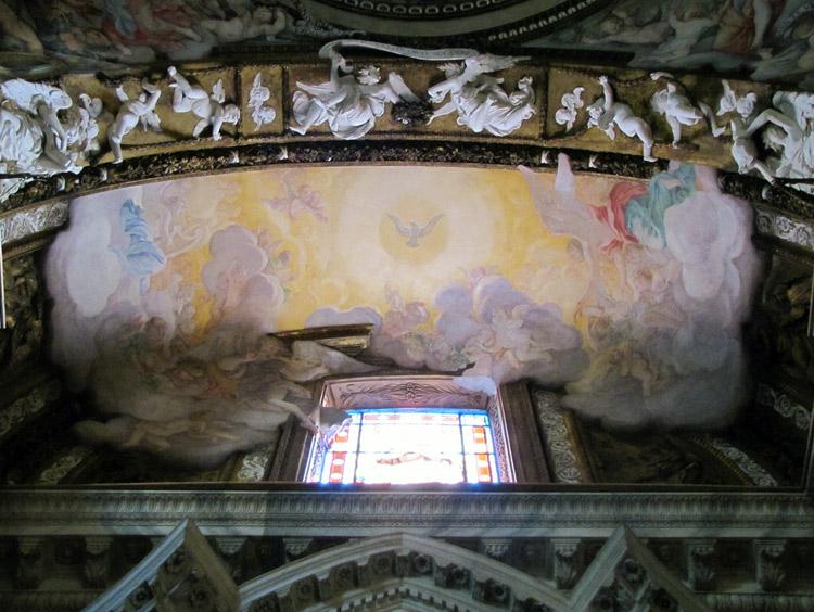 La volta con i dipinti di Guido Ubaldo Abbatini