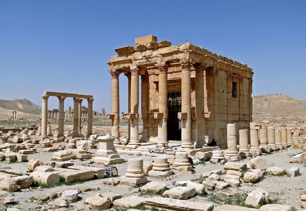Palmira (Siria), il tempio di Baal-Shamin prima che venisse completamente distrutto dall'Isis