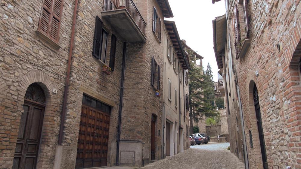 Una strada nel borgo di Castell'Arquato