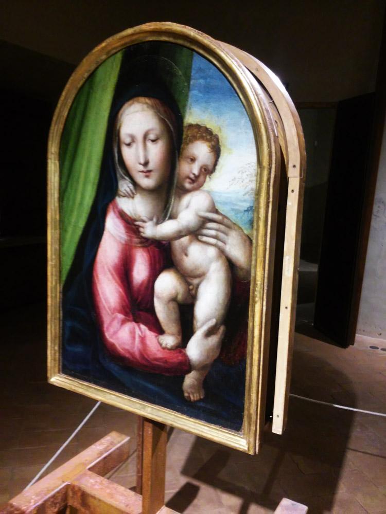 Giovanni Antonio Bazzi detto il Sodoma, Testata di bara per San Giovanni Battista della Morte, tavola con la Madonna e il Bambino