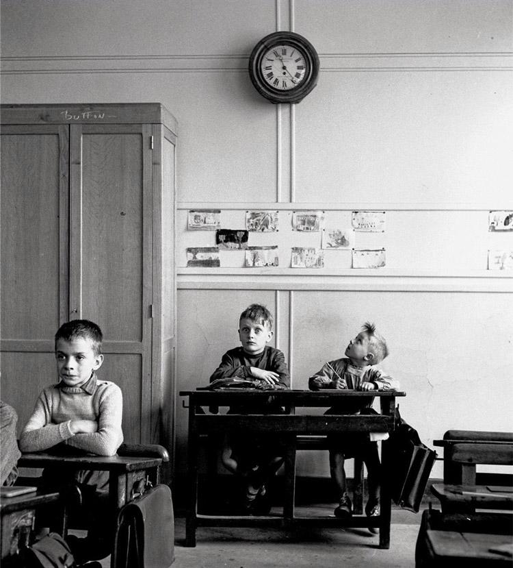 Robert Doisneau, Le cadran scolaire