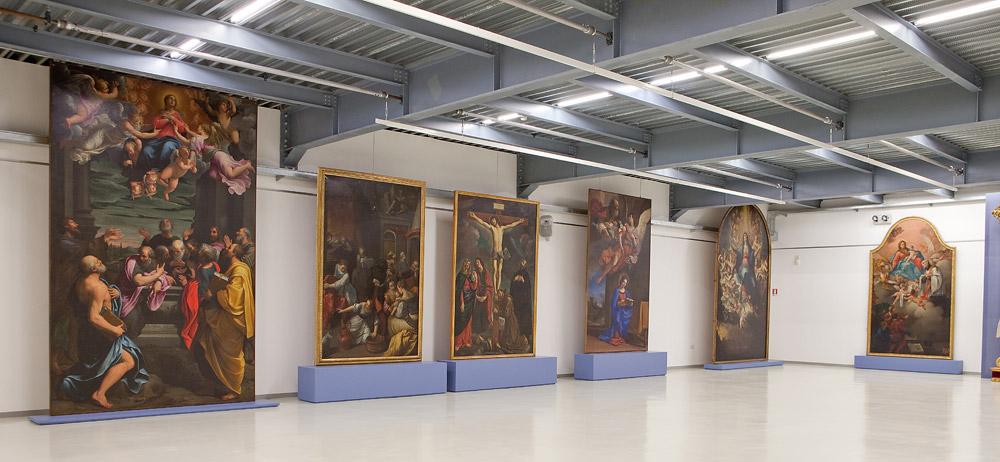 I dipinti provenienti dalla collegiata di Santa Maria Maggiore