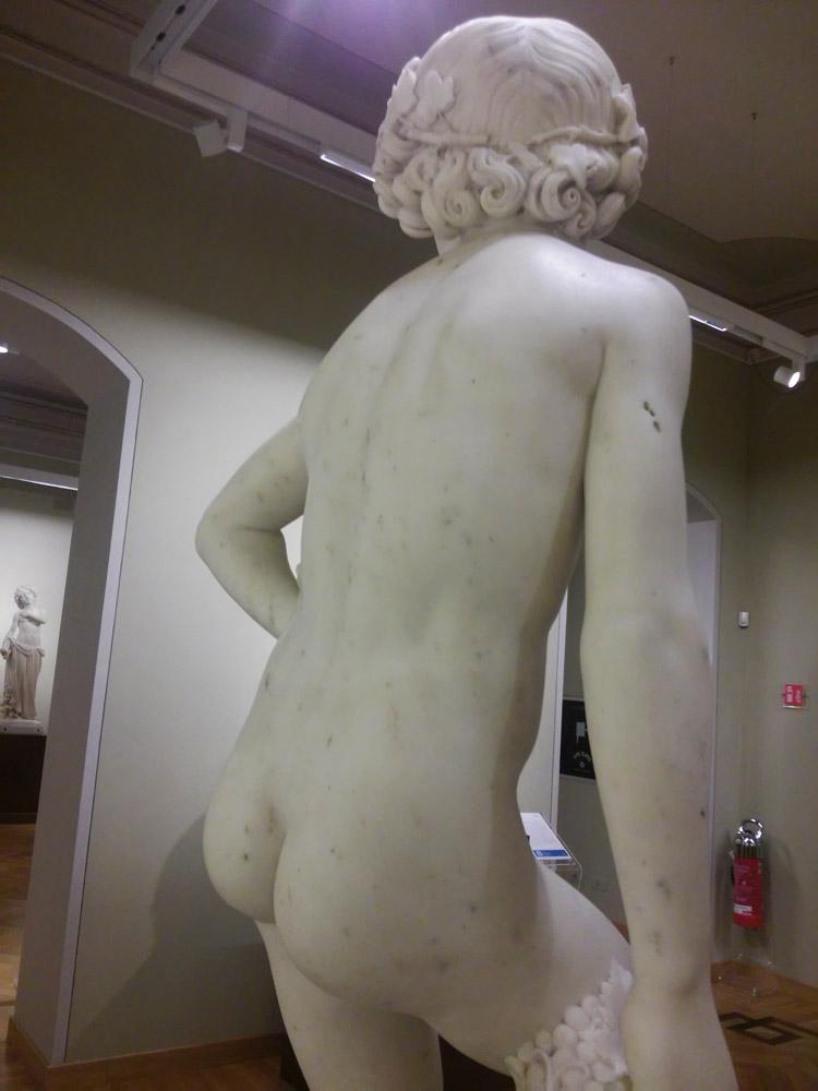 Lorenzo Bartolini, L'Ammostatore, dettaglio della schiena