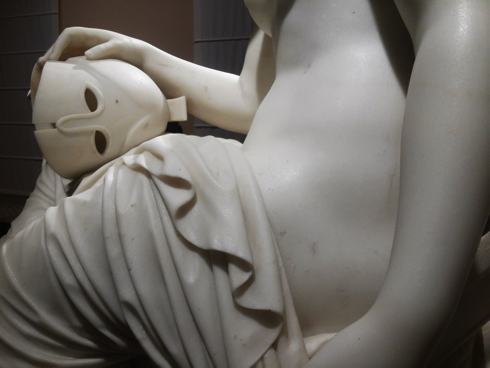 Emil Wolff, Teti con le armi di Achille, dettaglio dell'elmo