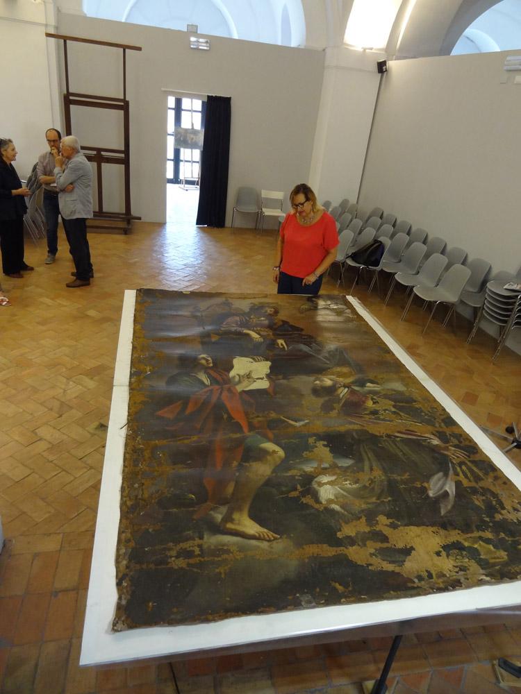 I danneggiamenti sul dipinto del Guercino. Foto su gentile concessione di Maria Grazia Gattari
