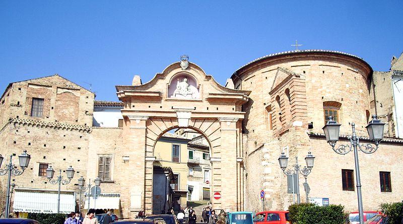 Penne, Porta San Francesco