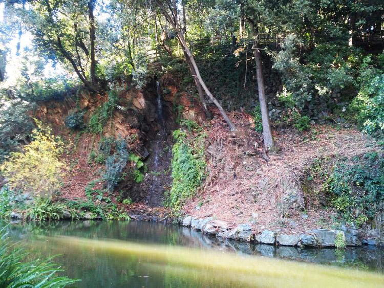 Atto I, Scena III: il Lago Vecchio