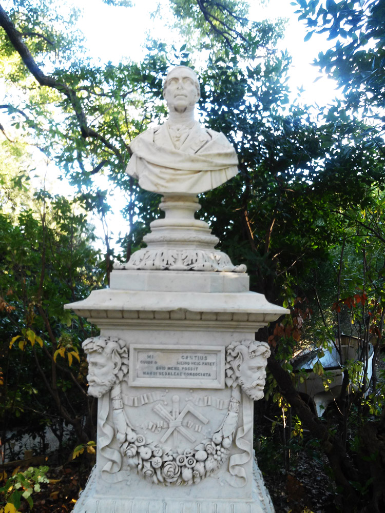 Atto III, Scena IV: la rimembranza. Il monumento a Michele Canzio
