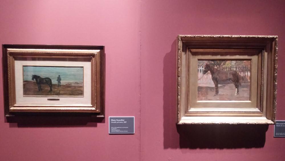 Confronto tra il cavallo di Plinio Nomellini (a sinistra) e il cavallo di Giovanni Fattori (a destra)