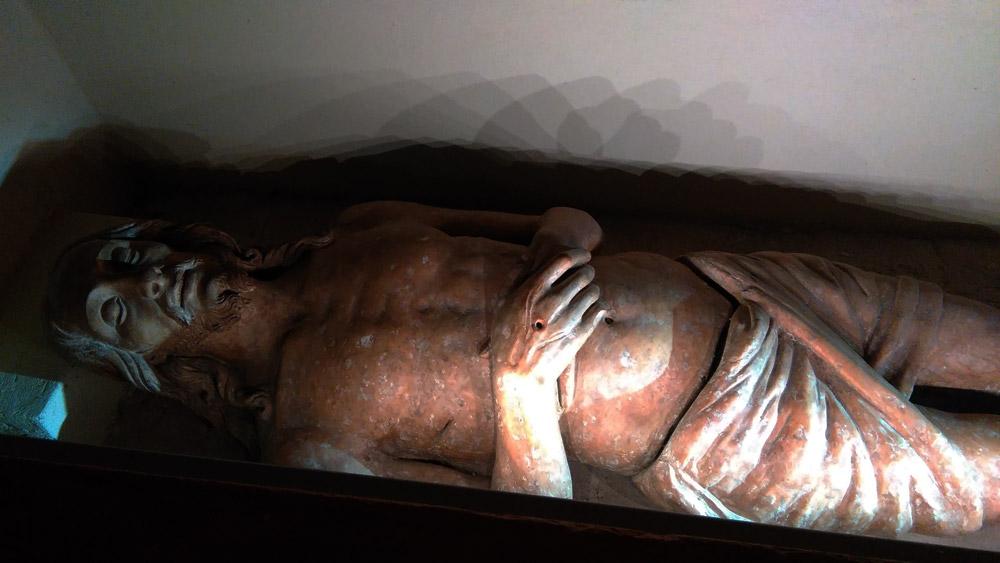 Gesù nel sepolcro