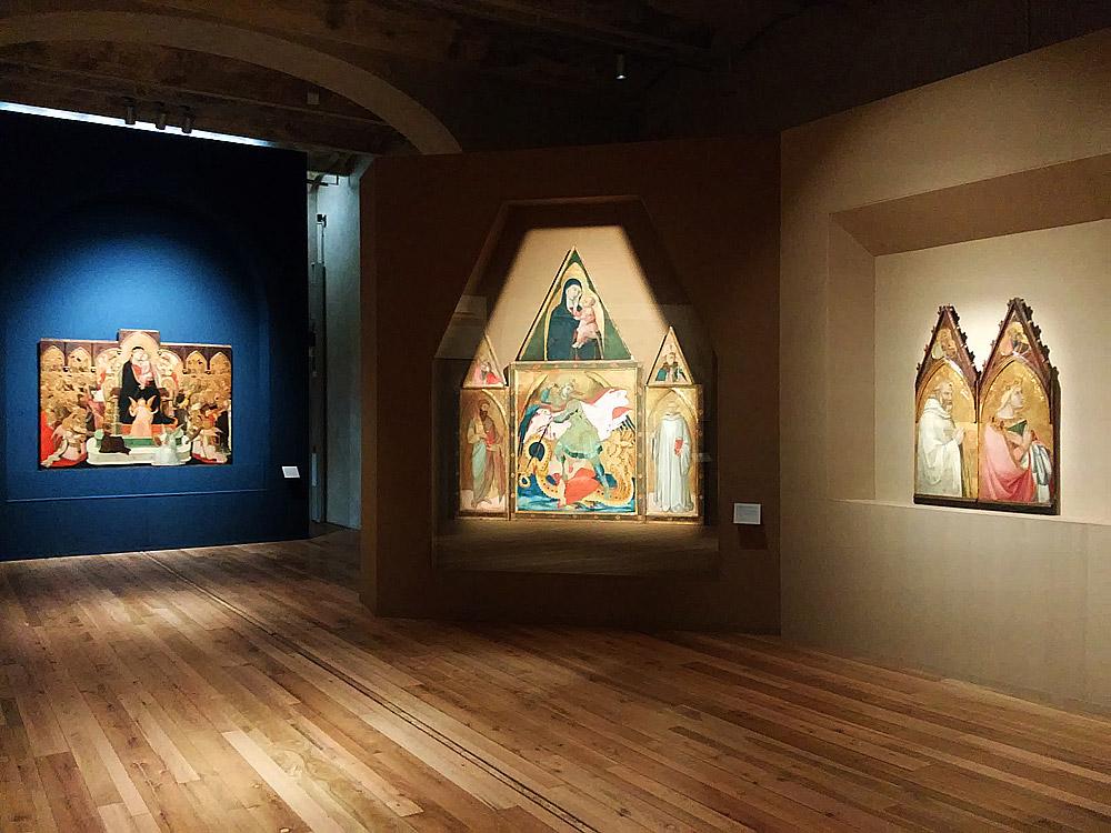 Una sala della mostra di Ambrogio Lorenzetti a Siena