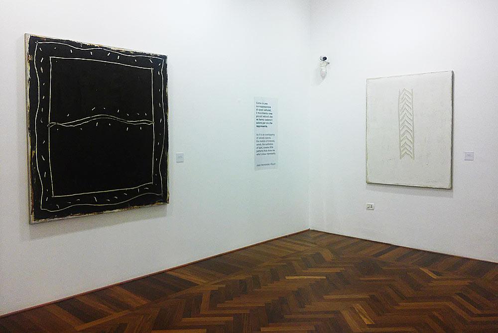 Opere di Joan Hernández Pijuan alla mostra Alfabeto segnico