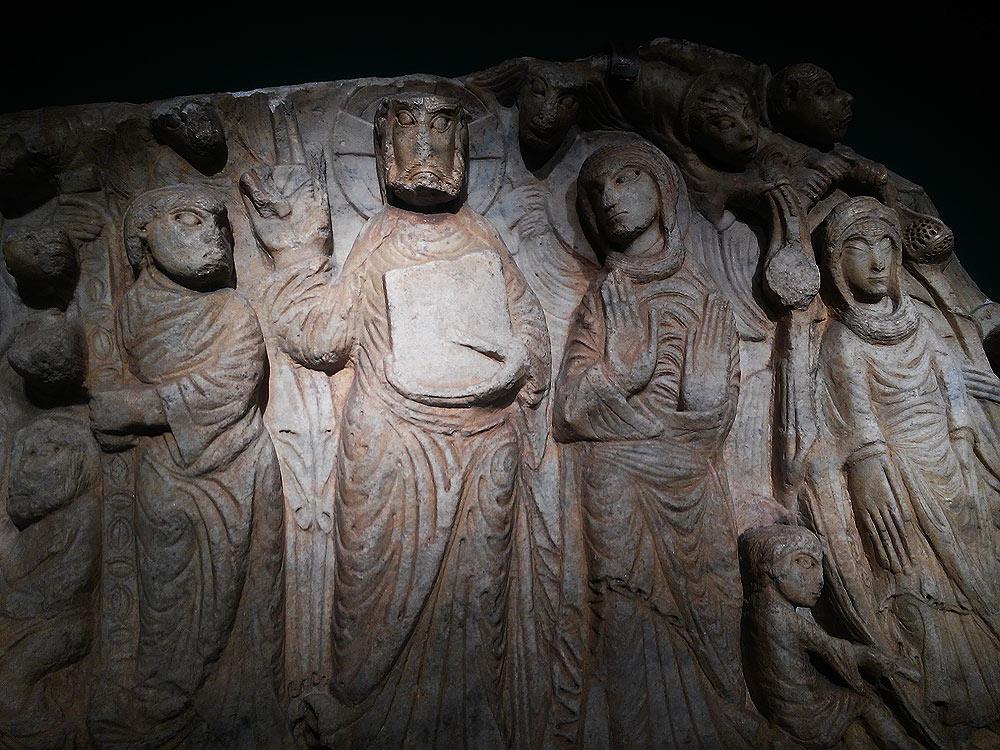 Maestro di Cabestany, Morte, Glorificazione e Assunzione della Vergine con san Tommaso che mostra la cintola, particolare