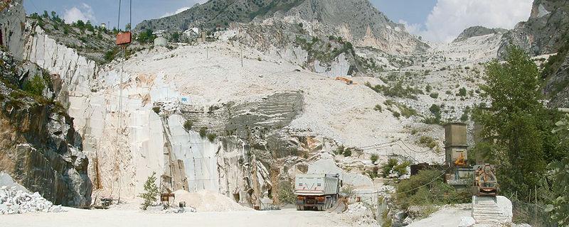 A Carrara in corso le riprese per un film su Michelangelo targato Sky