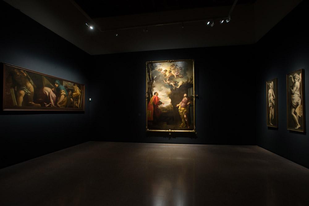 Una delle sale della mostra su Carlo Bononi