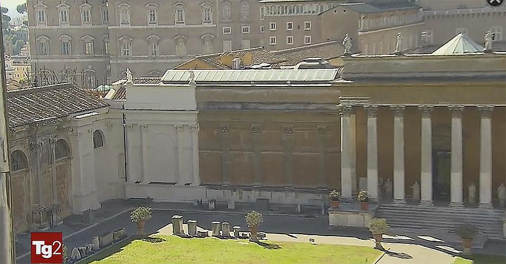 Bianco 39 500 contro mattone 39 800 al tg2 le immagini - Le finestre sul vaticano ...