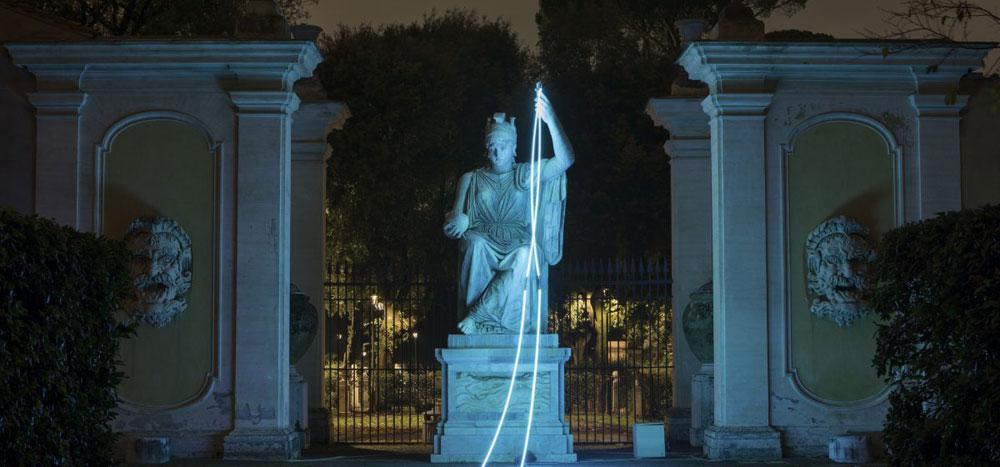 Ouvert la nuit: passeggiata notturna tra installazioni nei giardini di Villa Medici