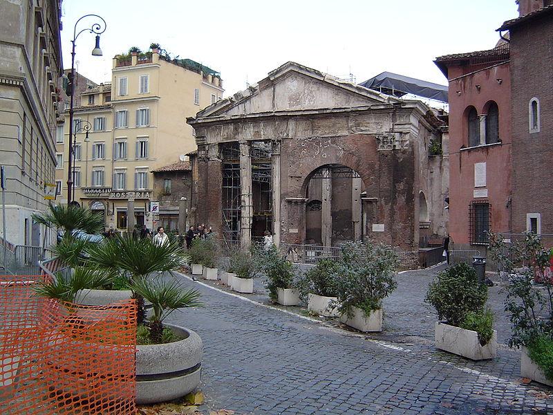 Roma: terminati i lavori di restauro del Portico di Ottavia