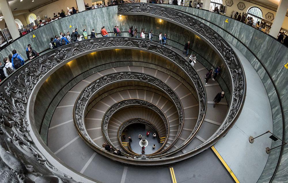 Il Codacons invia un esposto al Tribunale della Città del Vaticano per l'eccessivo affollamento dei Musei Vaticani
