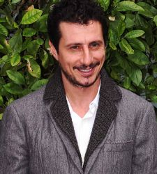Luca Bizzarri a Palazzo Ducale: evitiamo di strepitare e concediamogli il beneficio del dubbio