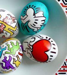 Buona Pasqua con le uova... artistiche di Warhol, Lichtenstein, Klimt e Haring