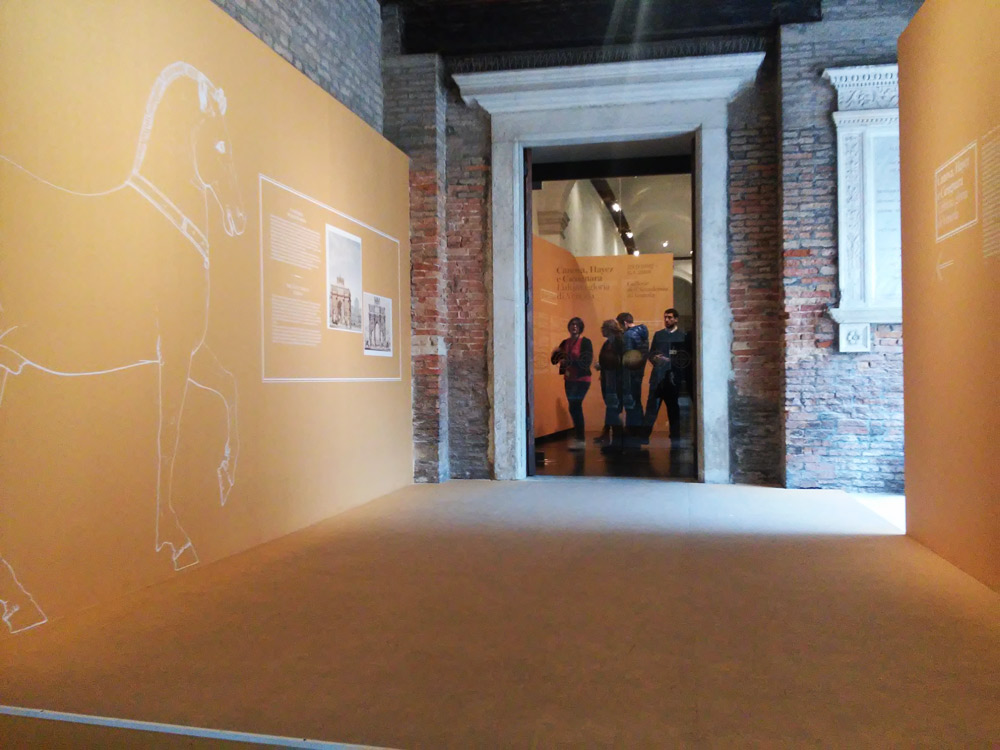 L'ingresso della mostra