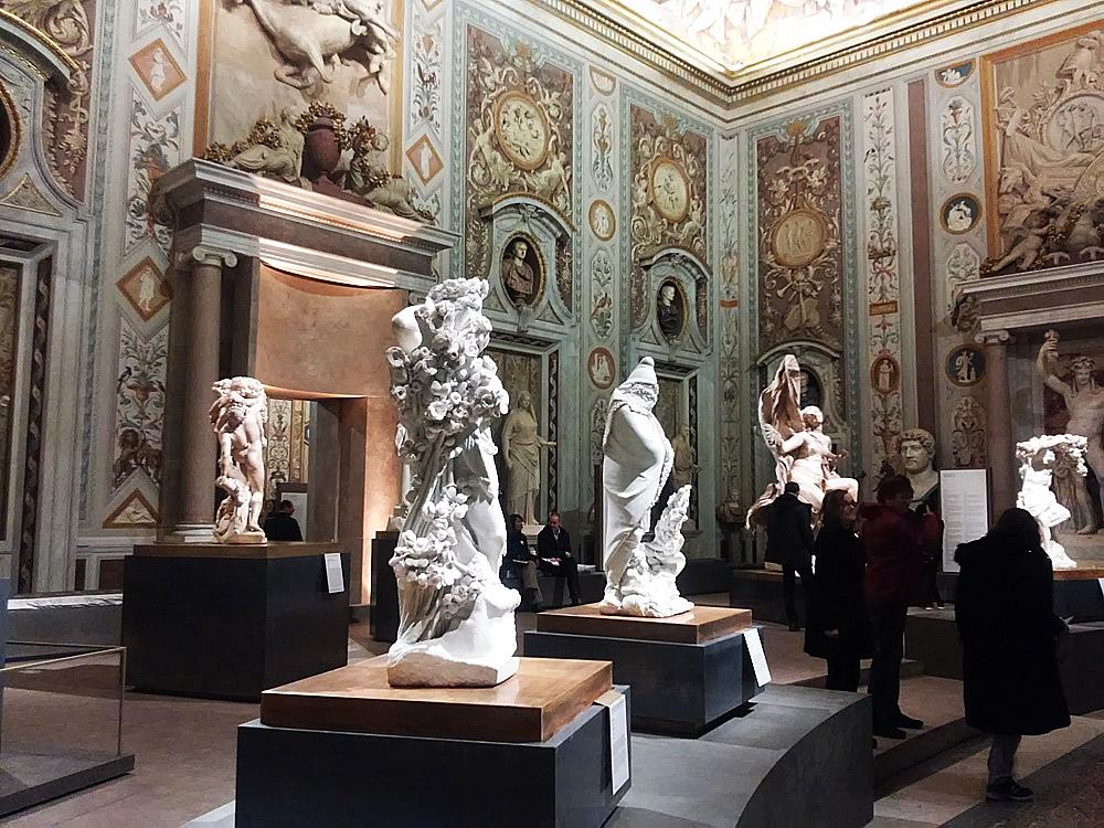 Prima sala della mostra Bernini alla Galleria Borghese