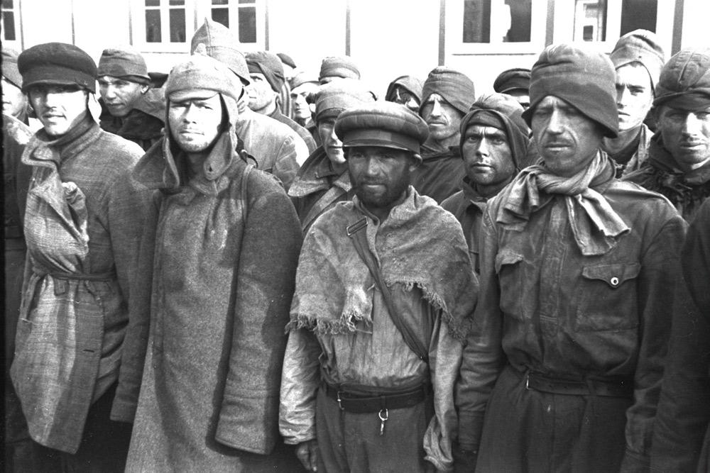 Autore ignoto, Arrivo dei prigionieri di guerra sovietici a Mauthausen